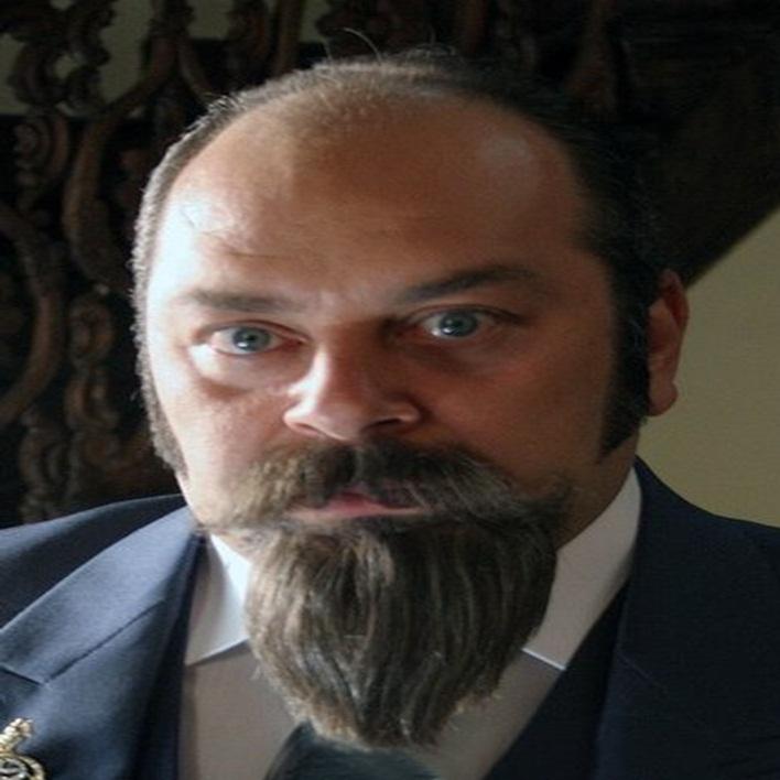 gonul-dagi-dizisi-muammer-ali-dusenkalkar-kac-yasinda